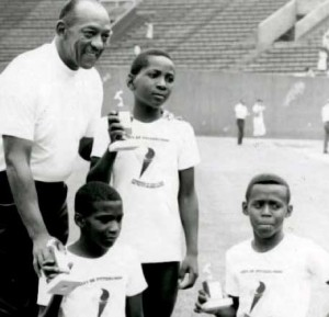 Jesse-Owens-humanitarian-youth